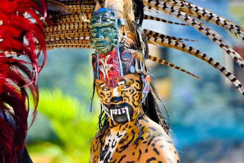 vestimenta hombres mayas